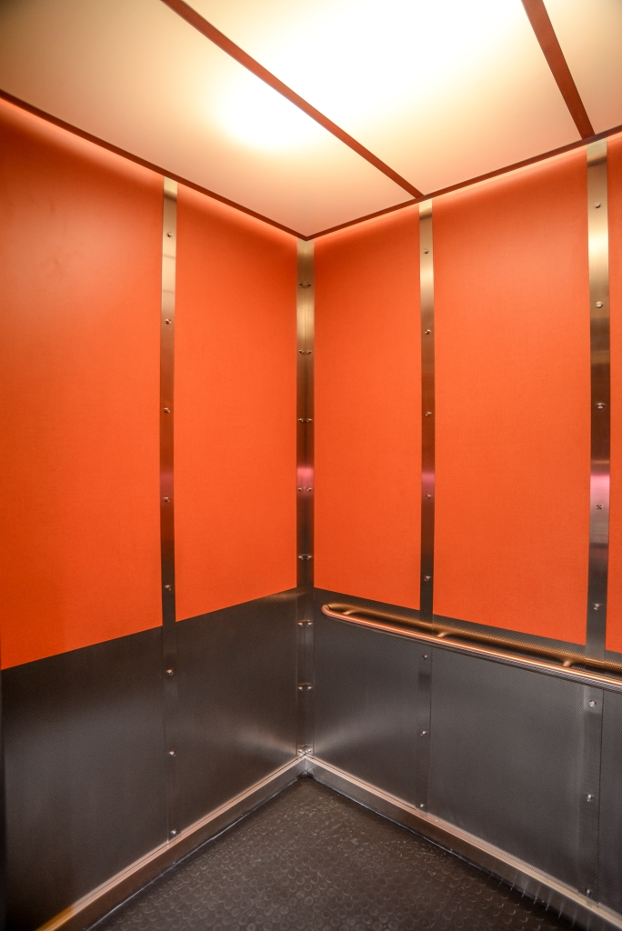 Lyn Lake Building G Amp R Custom Elevator Cabs